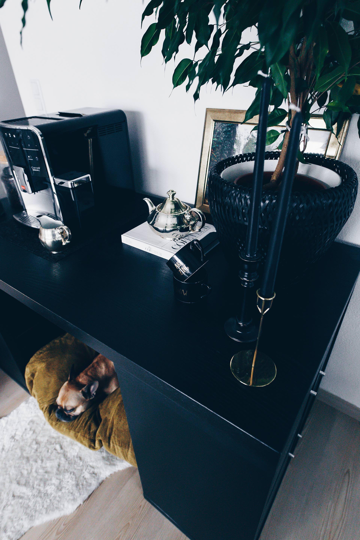 diy hundeh tte f r die wohnung selber bauen inklusive praktischem stauraum. Black Bedroom Furniture Sets. Home Design Ideas