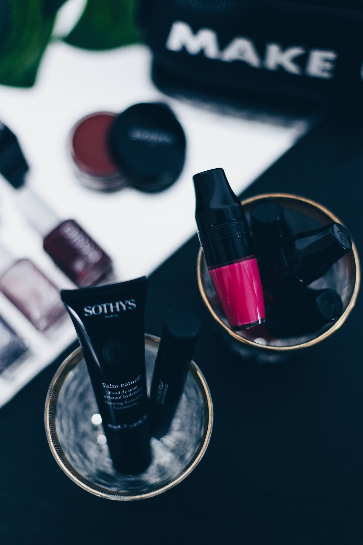 Blogger Adventskalender Gewinnspiele 2017, Giveaway Beauty Pakete, High End Make up Gewinnspiel, Style Blog, www.whoismocca.com