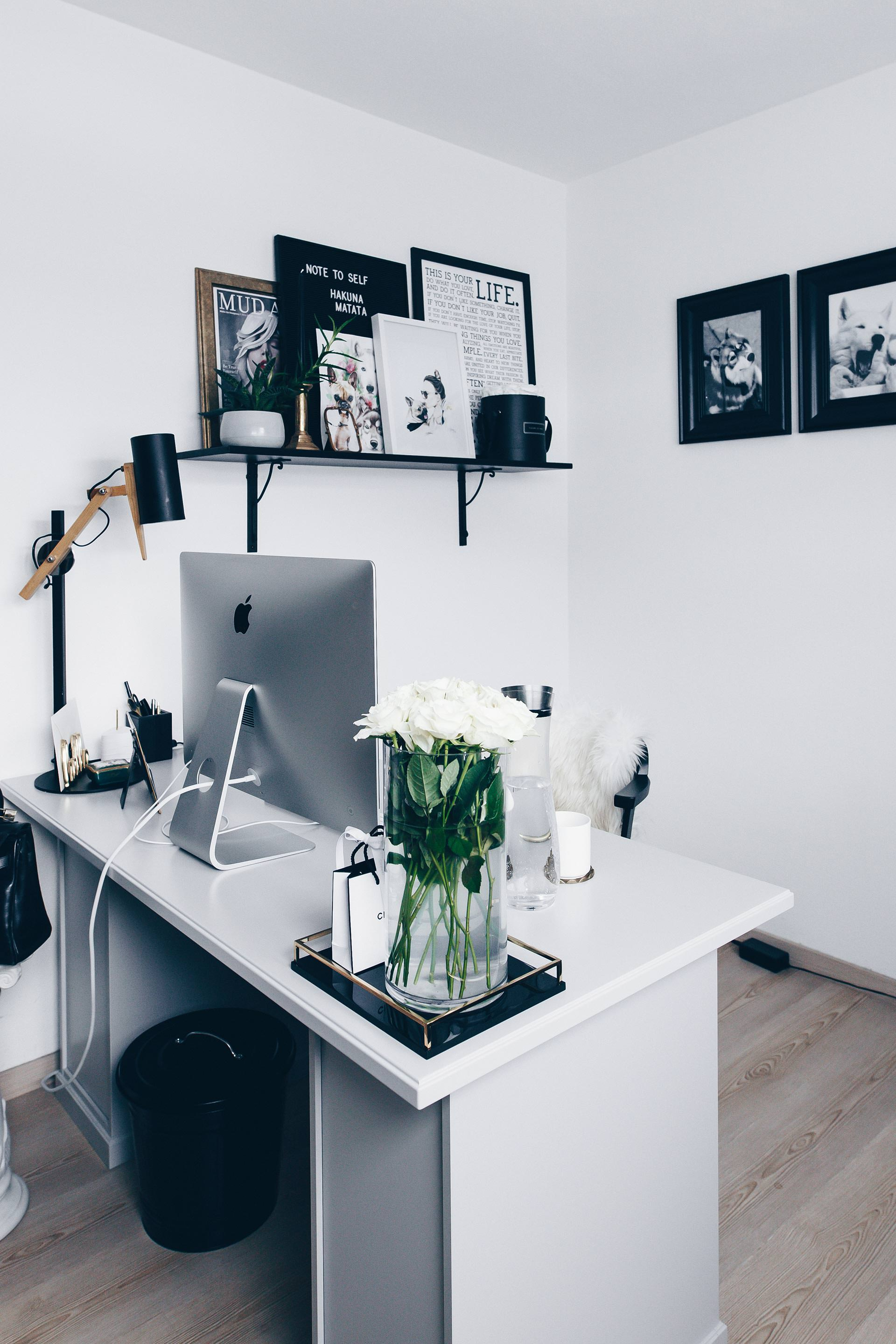 arbeitsplatz zuhause einrichten 5 ideen f r mehr stil im blogger home office. Black Bedroom Furniture Sets. Home Design Ideas