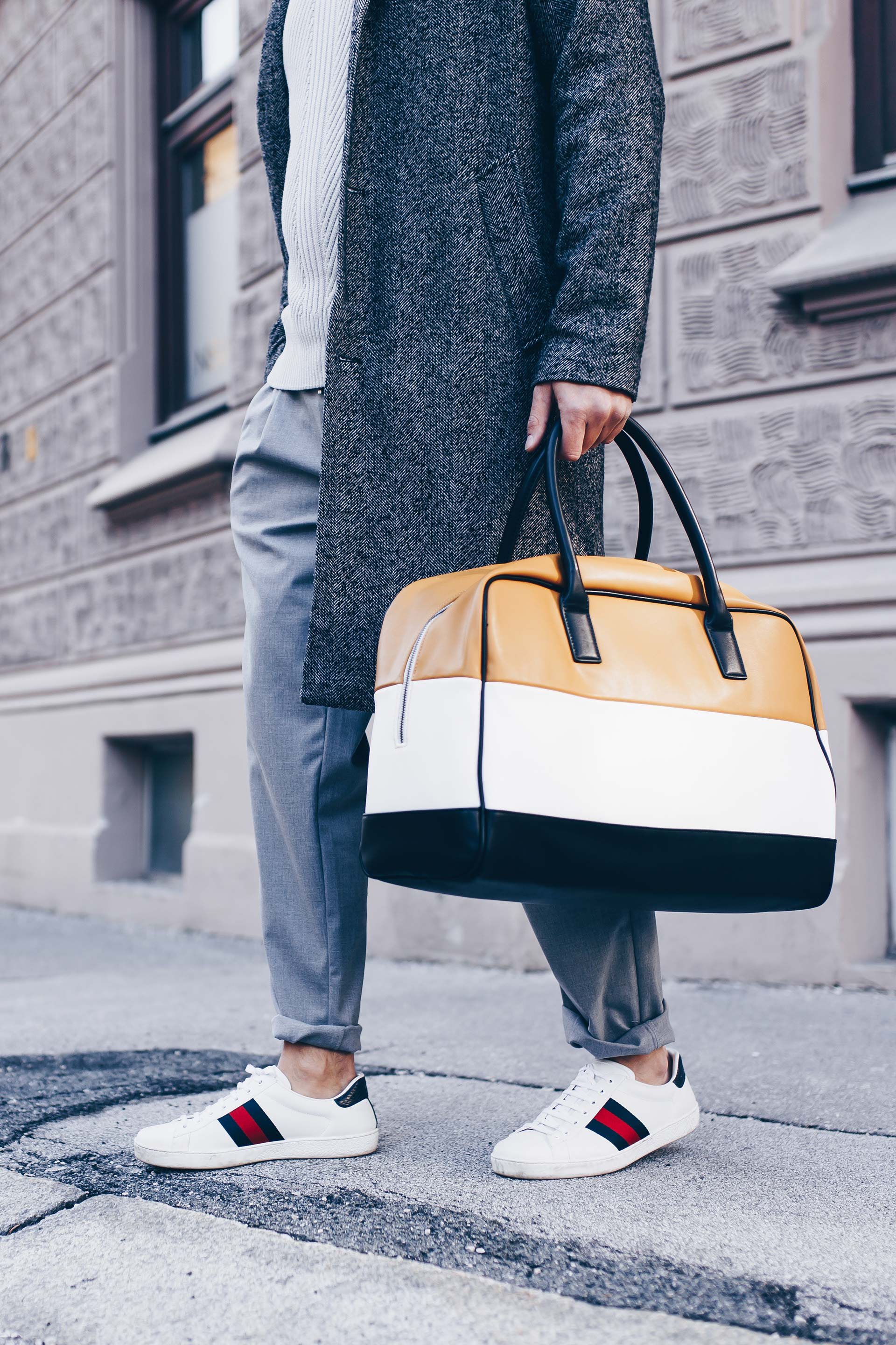 Glencheck Blazer kombinieren, Pärchen Outfit, Streetstyle, Basic Casual Outfits, Chloe Sneakers, Gucci Ace Sneakers, Fashion Blog, Mode Magazin, Mode Tipps, www.whoismocca.com