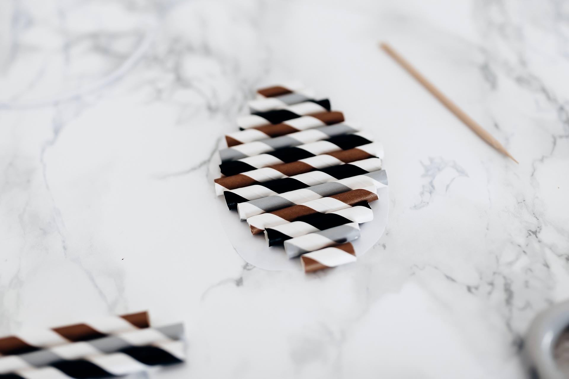 ostereier basteln einfache und stilvolle osterdeko f r zuhause. Black Bedroom Furniture Sets. Home Design Ideas