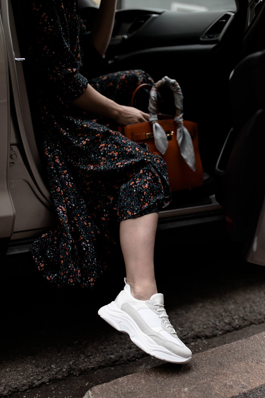 Chunky Sneakers à la Balenciaga Triple S, Das sind die besten Alternativen und Lookalikes für die Statement Sneakers, Balenciaga Lookalike Sneakers, Chunky Trainers, Modetrends 2018, Schuhtrends Frühling Sommer Herbst 2018, Mode und Styling Tipps, Fashion Blogger, www.whoismocca.com