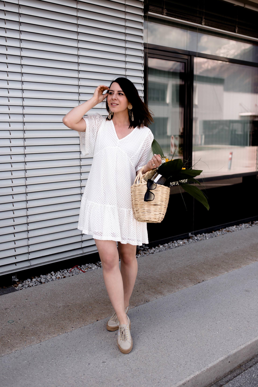 Anzeige, 11 Pflege-Tipps für schöne Beine im Sommer, straffe und gepflegte Beine im Sommer, Erfahrungsbericht, schöne Beine bekommen, Sommerbeine Tipps, Beauty Blogger, www.whoismocca.com