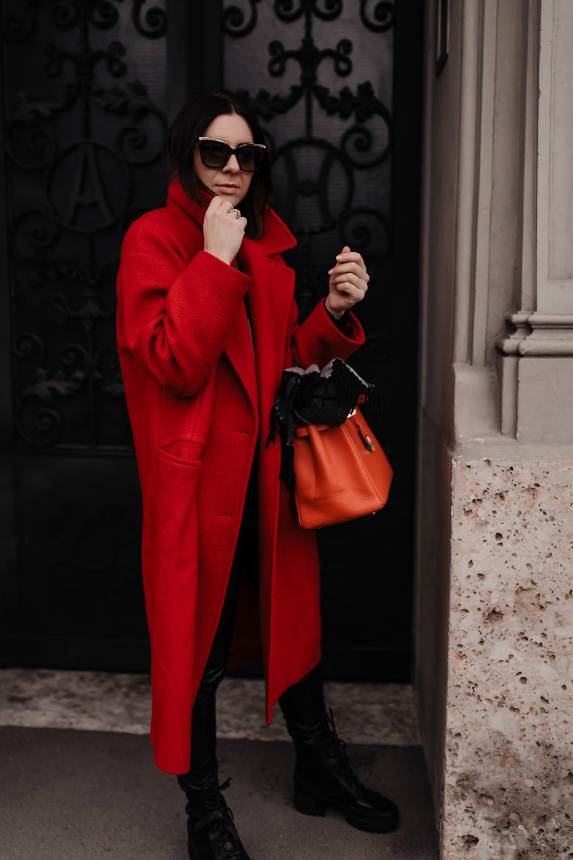 Roter mantel ja oder nein