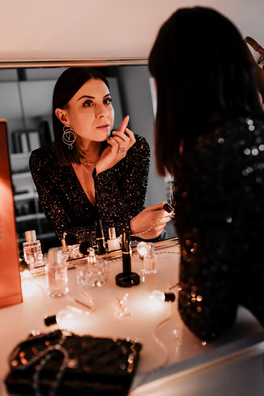 Editors Picks Stylische Silvester Looks Mit Glamour Glitzer Und