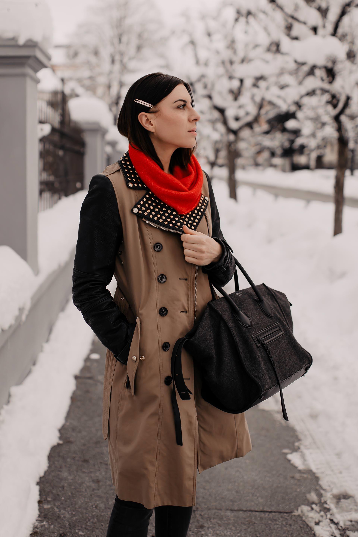 enthält unbeauftragte Werbung // burberry trenchcoat second hand günstig kaufen,burberry mantel mit lederärmeln,trenchcoat im winter,Trenchcoat kombinieren,trenchcoat mit lederärmel,Winter Outfit,Isabel Marant Nowles Boots,Haarspange mit perlen,roter rollkragenpullover,Streetstyle,Winter Trends,Modetrends 2019,outfit für jeden tag,wardrobe essentials, Modeblogger, www.whoismocca.com #burberry #trenchcoat #winteroutfit #streetstyle #winterboots #secondhand