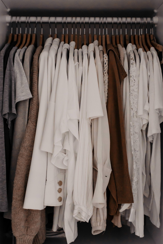 Kleiderschrank Ausmisten Tipps Tricks