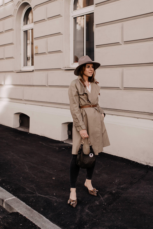 Lookbook, Übergangsoutfit, Frühlings Outfits shoppen, Was ziehe ich morgen an, Outfit Ideen für jeden Tag, Outfit ideen frühling, schöne Alltagskleider, schöne Outfits, Outfits zusammenstellen, Modeblogger, www.whoismocca.com #frühlingsoutfit #alltagsoutfit #lookbook #modetrends