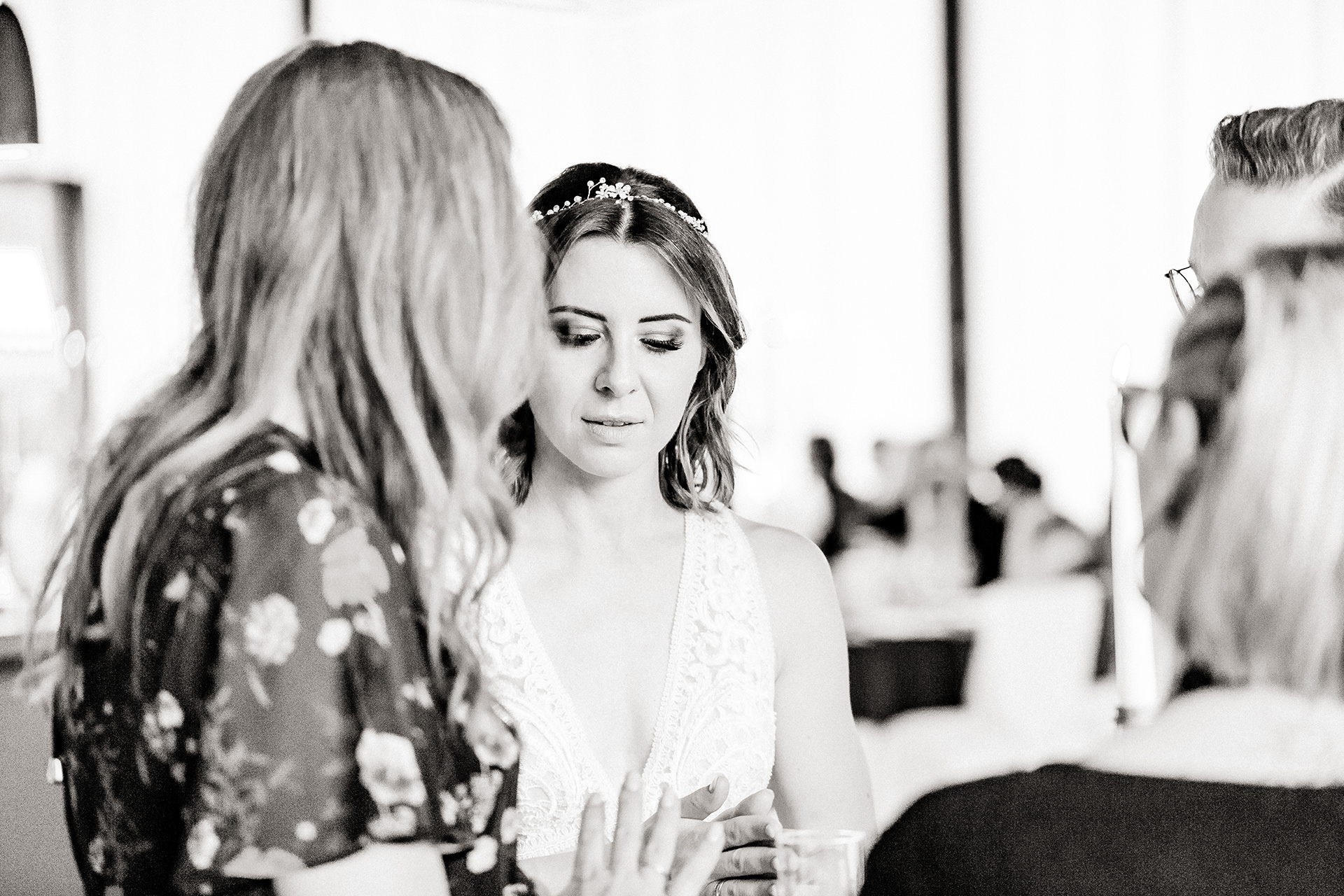 Heute geht es um einen äußerst wichtigen Teil unserer Hochzeit, ohne den wohl alles nicht so reibungslos funktioniert hätte. Die Rede ist von unsererHochzeitsplanerin, deren wunderbare Arbeit ich dir heute vorstellen möchte. www.whoismocca.com #hochzeitsplanerin #traumhochzeit #hochzeitsblog