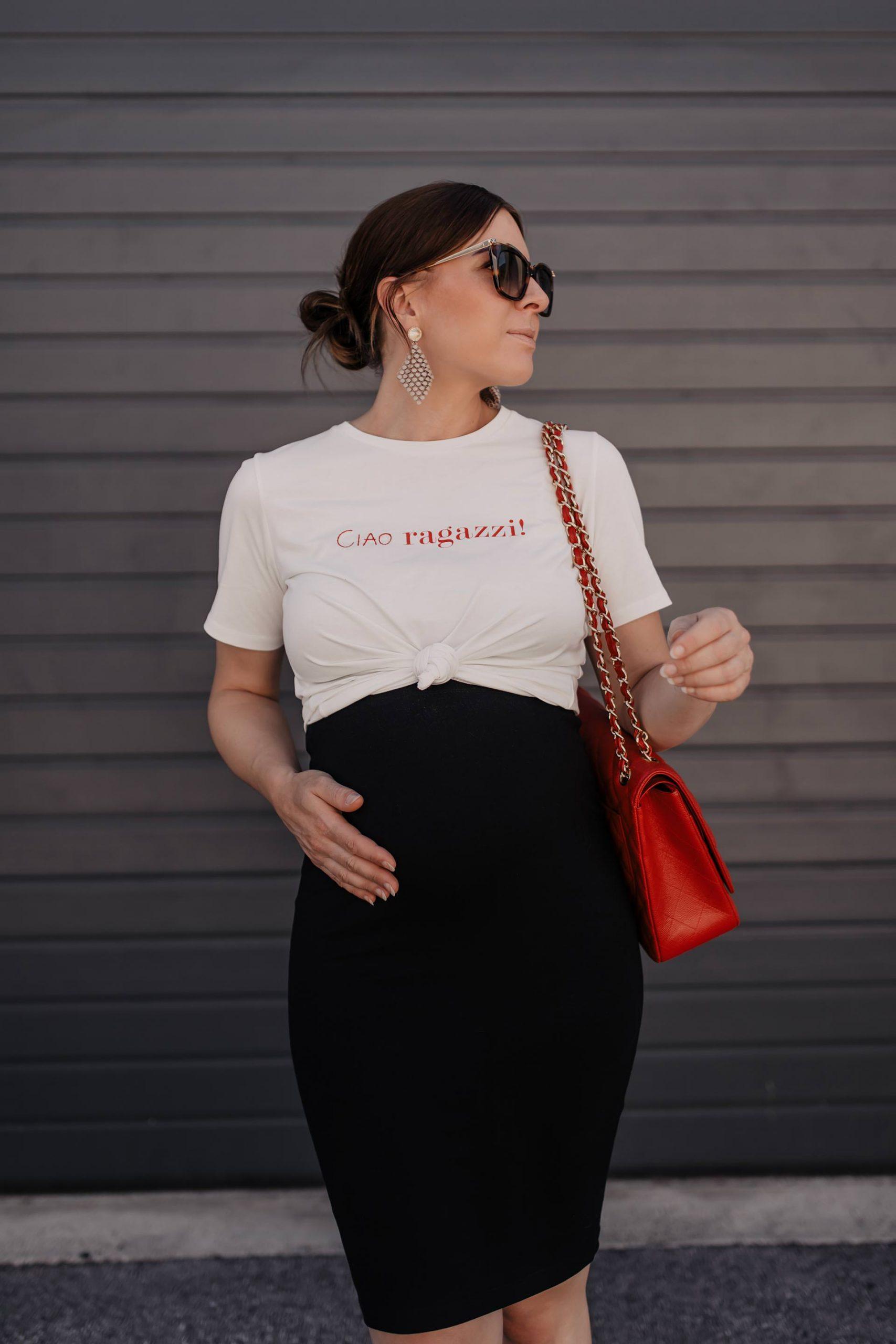 Ohne #Umstandsmode durch den Sommer zu kommen ist gar nicht so schwer! Ich zeige dir mein Lieblingsoutfit im 7. Monat und gebe dir praktische Styling-Tipps. www.whoismocca.com #Schwangerschaftsoutfit #stylethebump