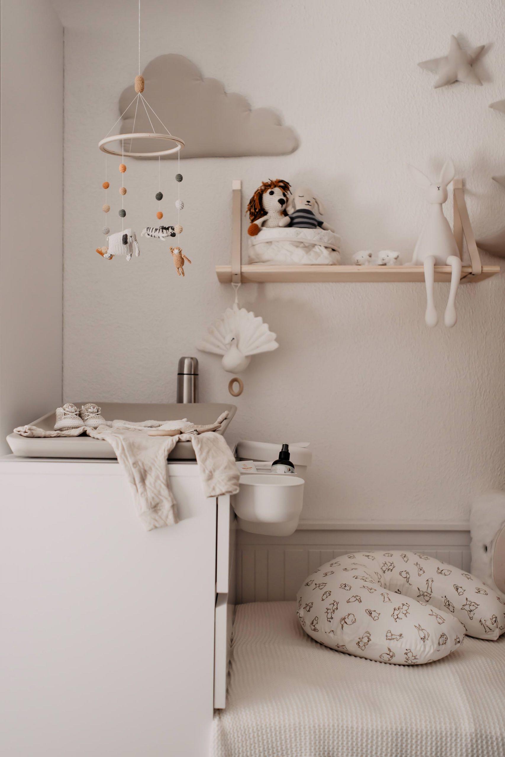babyzimmer wickelkommode wickelbereich wickeltisch malm hemnes leander mamablog whoismocca 14 1 scaled