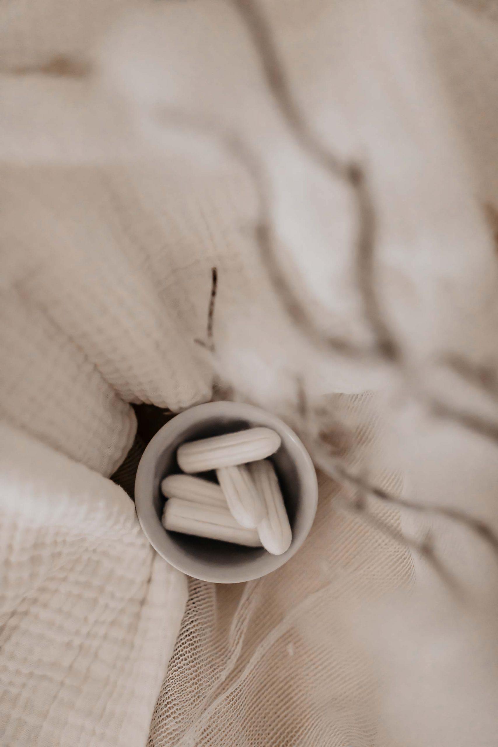 Anzeige. In der Regel besser: Bio-Baumwolle schätze ich nicht nur an T-Shirts, sondern auch in Sachen natürliche Frauenhygiene. Und genau darum geht es heute am Blog whoismocca.com