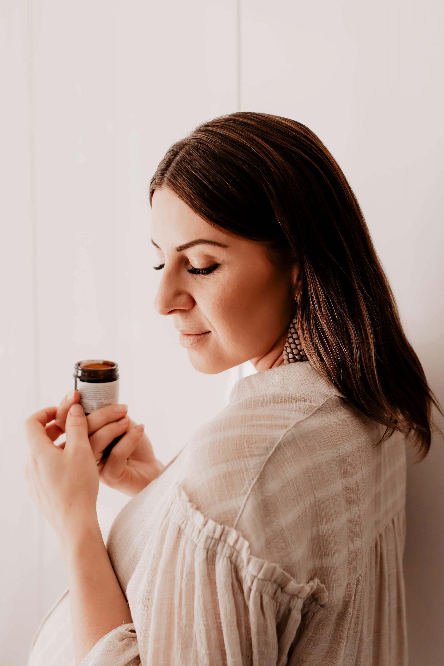 Am Beautyblog verrate ich dir meine liebste Naturkosmetik für den Herbst und gebe dir Tipps, wie du deiner Haut die kühle Herbstzeit so angenehm wie möglich machen kannst! www.whoismocca.com