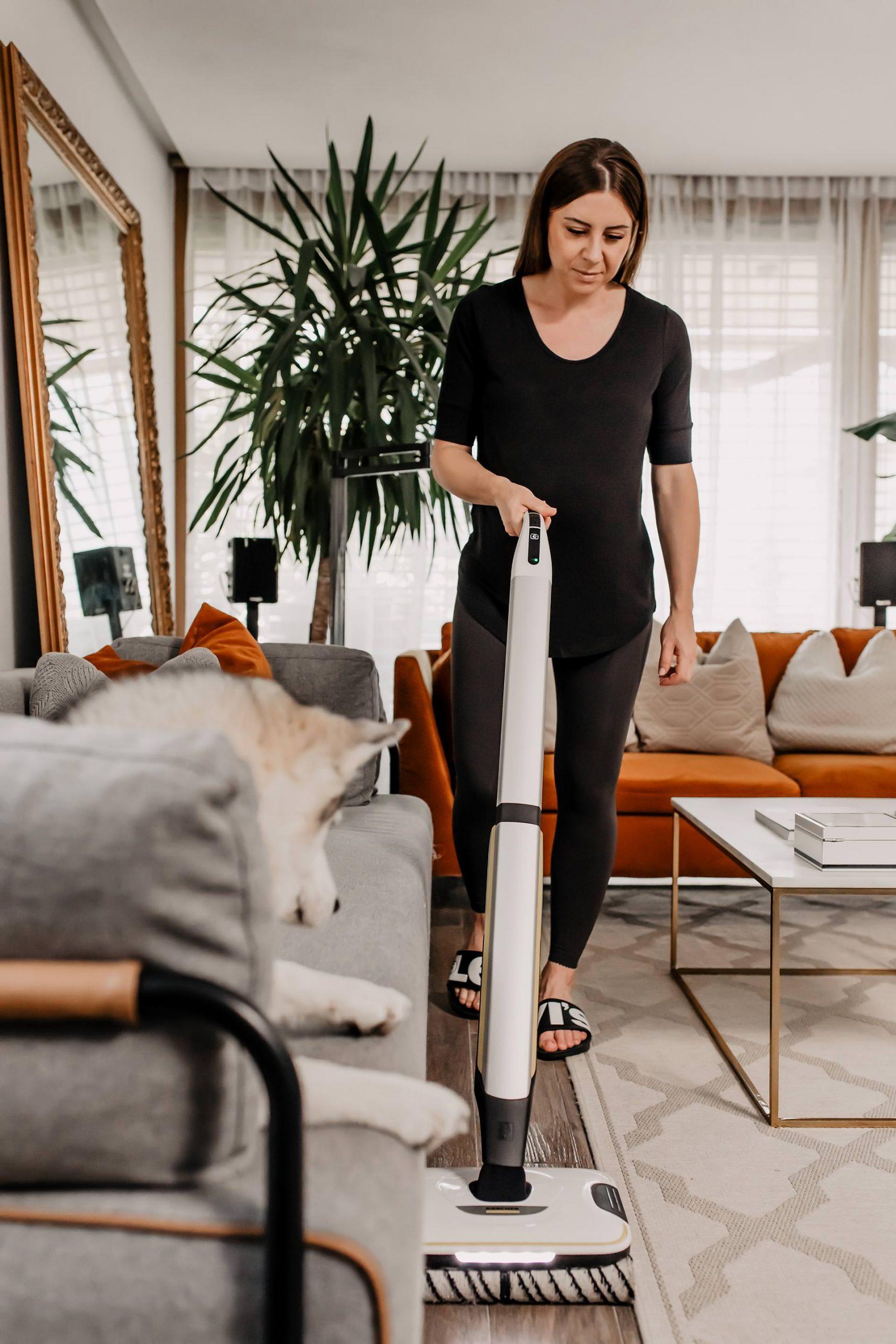 Anzeige. Am Interior Blog findest du heute sinnvolle Haushalts-Hacks: So leicht hältst du deinen Haushalt sauber – auch mit Hund! www.whoismocca.com
