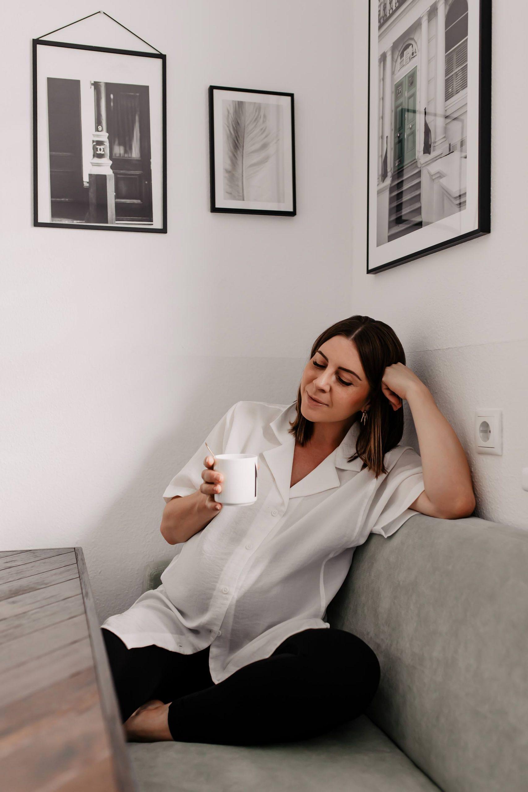Anzeige. Am Mamablog liest du heute, wie ich meinen Kaffee in der Schwangerschaft am liebsten trinke. Außerdem stelle ich dir eine koffeinfreie Variante vor, wo echte Kindheitserinnerungen hochkommen! www.whoismocca.com