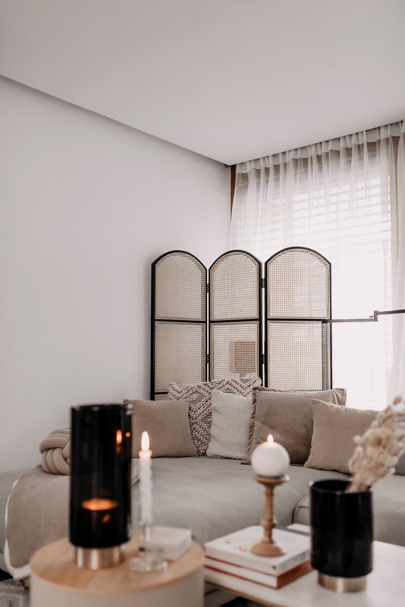 Anzeige. Dekoideen fürs Wohnzimmer gibt es viele. Sehr viele sogar. Auf dem Interiorblog stelle ich dir 8 praktische Wohntipps für zu Hause vor. So wird's richtig gemütlich. www.whoismocca.com