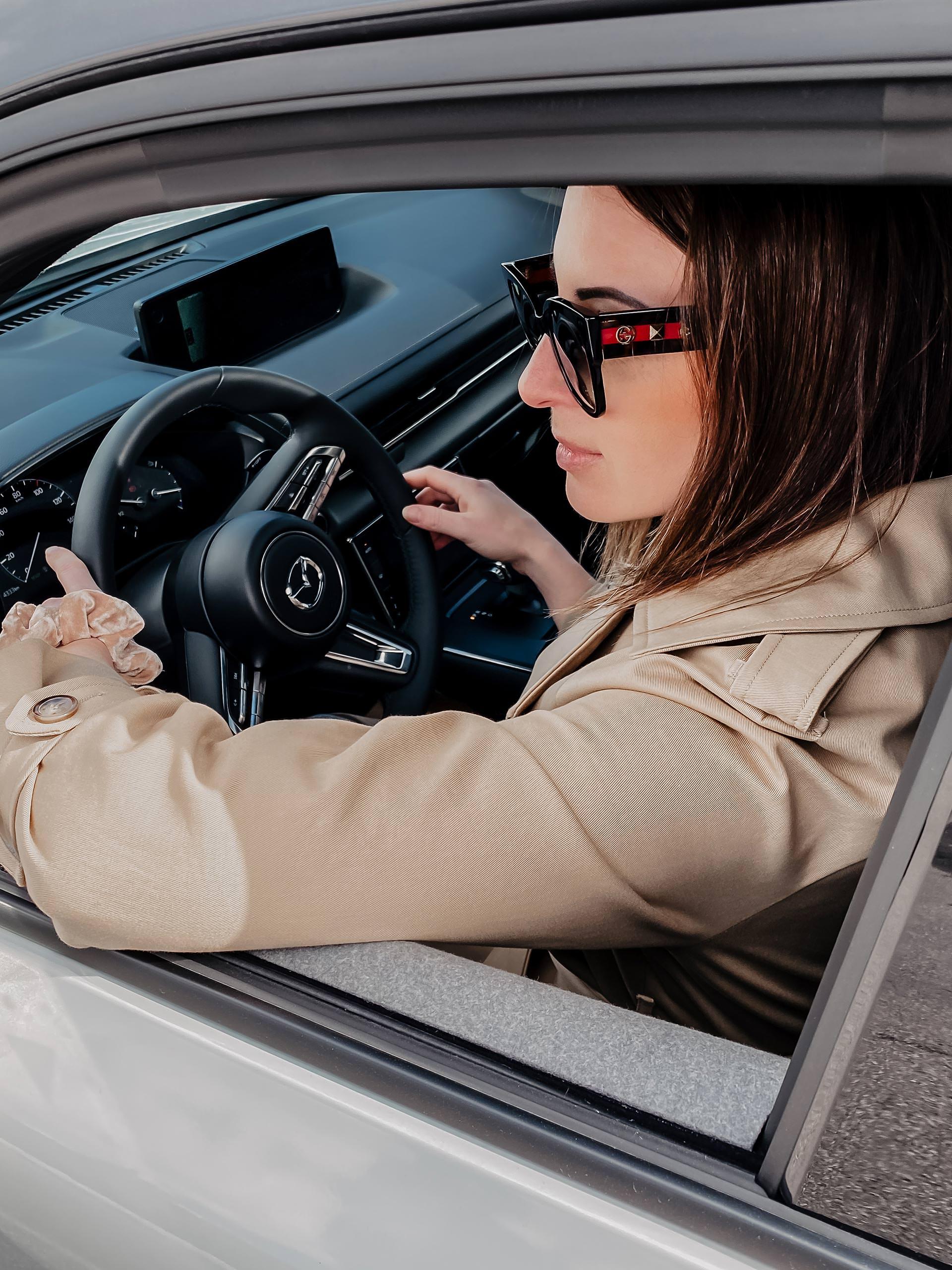 Anzeige. Wir durften den Mazda MX-30, einenvollelektrischen Crossover SUV,ausgiebig testen. Wie er sich im Alltag macht und was es zu beachten gibt? www.whoismocca.com