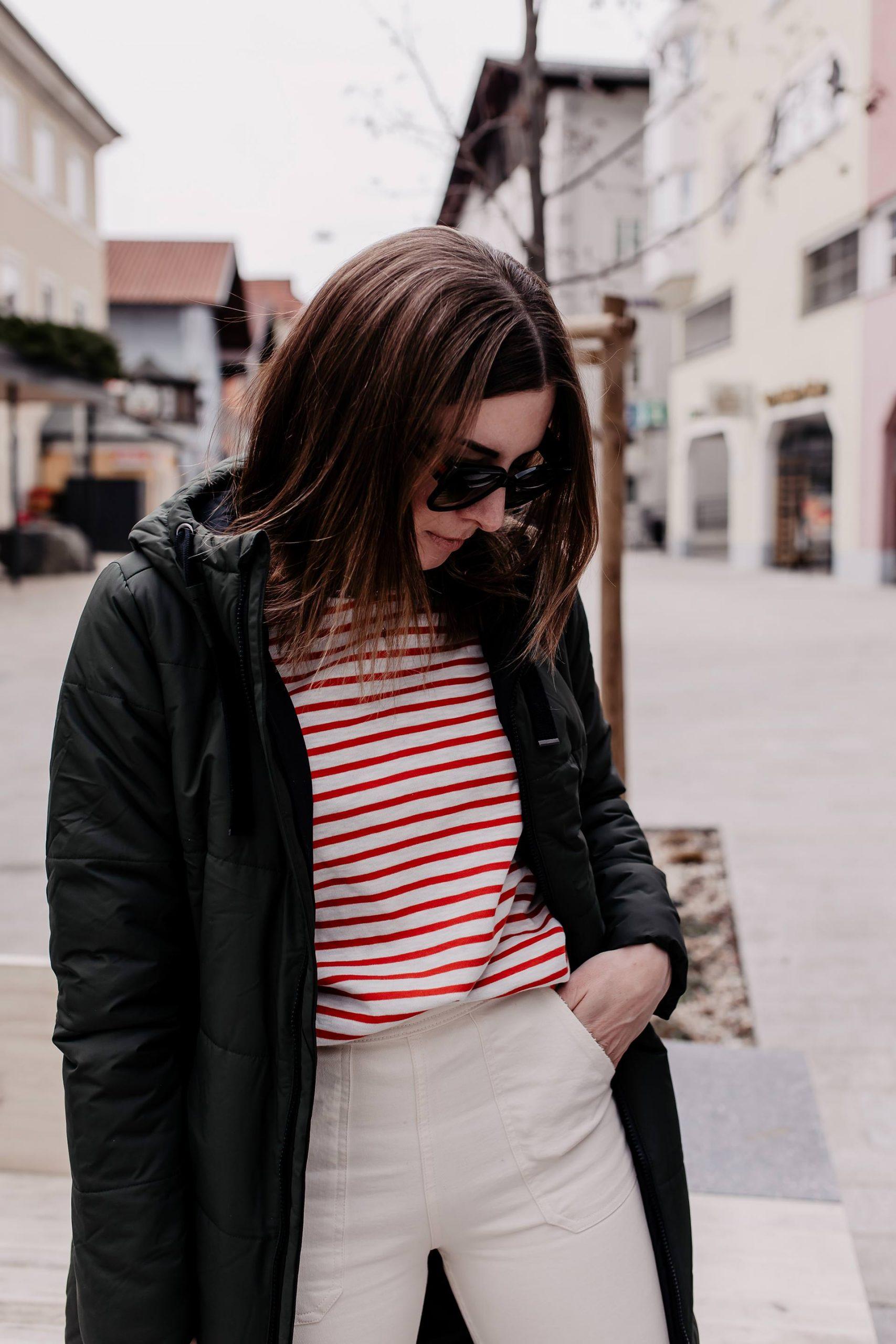 Lust auf ein nachhaltiges Outfit mit schönen Lieblingsteilen? Dabei mixe ich zwischen Kleidungsstücken von nachhaltigen Brands und Teilen, die ich Secondhand geshoppt habe. www.whoismocca.com